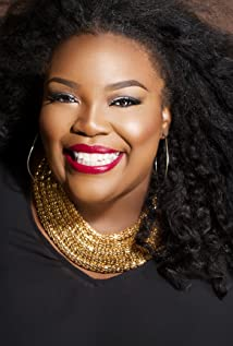 Chenese Lewis Picture