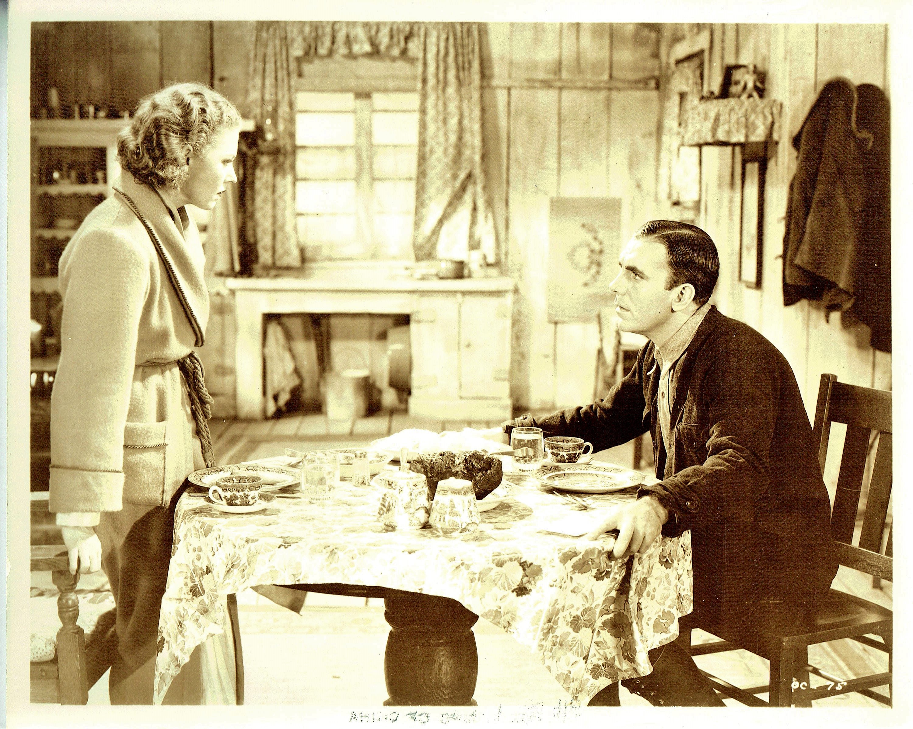 Pat O'Brien and Jean Muir in Oil for the Lamps of China (1935)