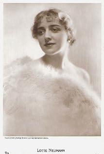 Lotte Neumann Picture