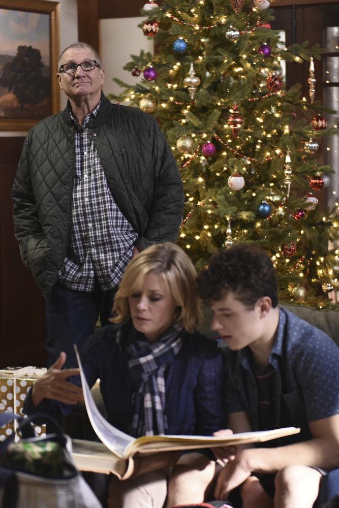 white christmas 2015 - Modern Family Christmas