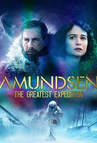 Pål Sverre Hagen and Katherine Waterston in Amundsen (2019)
