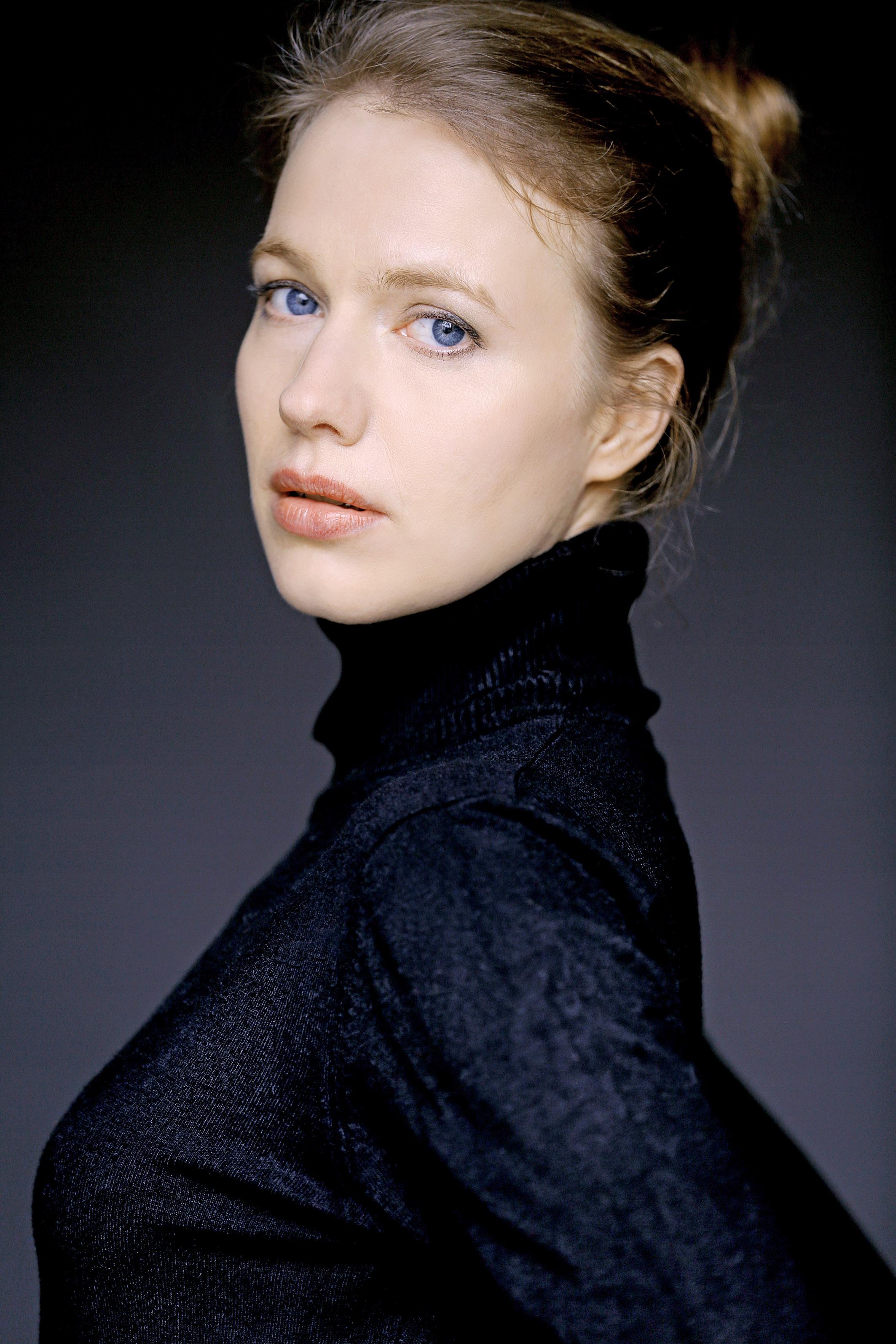 Anna Brüggemann - IMDb