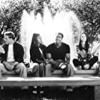 Shannon Elizabeth, Jon Abrahams, Anna Faris, Regina Hall, Lochlyn Munro, and Shawn Wayans in Scary Movie (2000)
