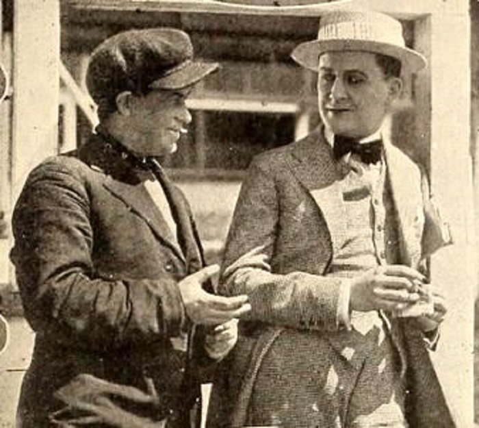 Thomas Carrigan and Tammany Young in Checkers (1919)