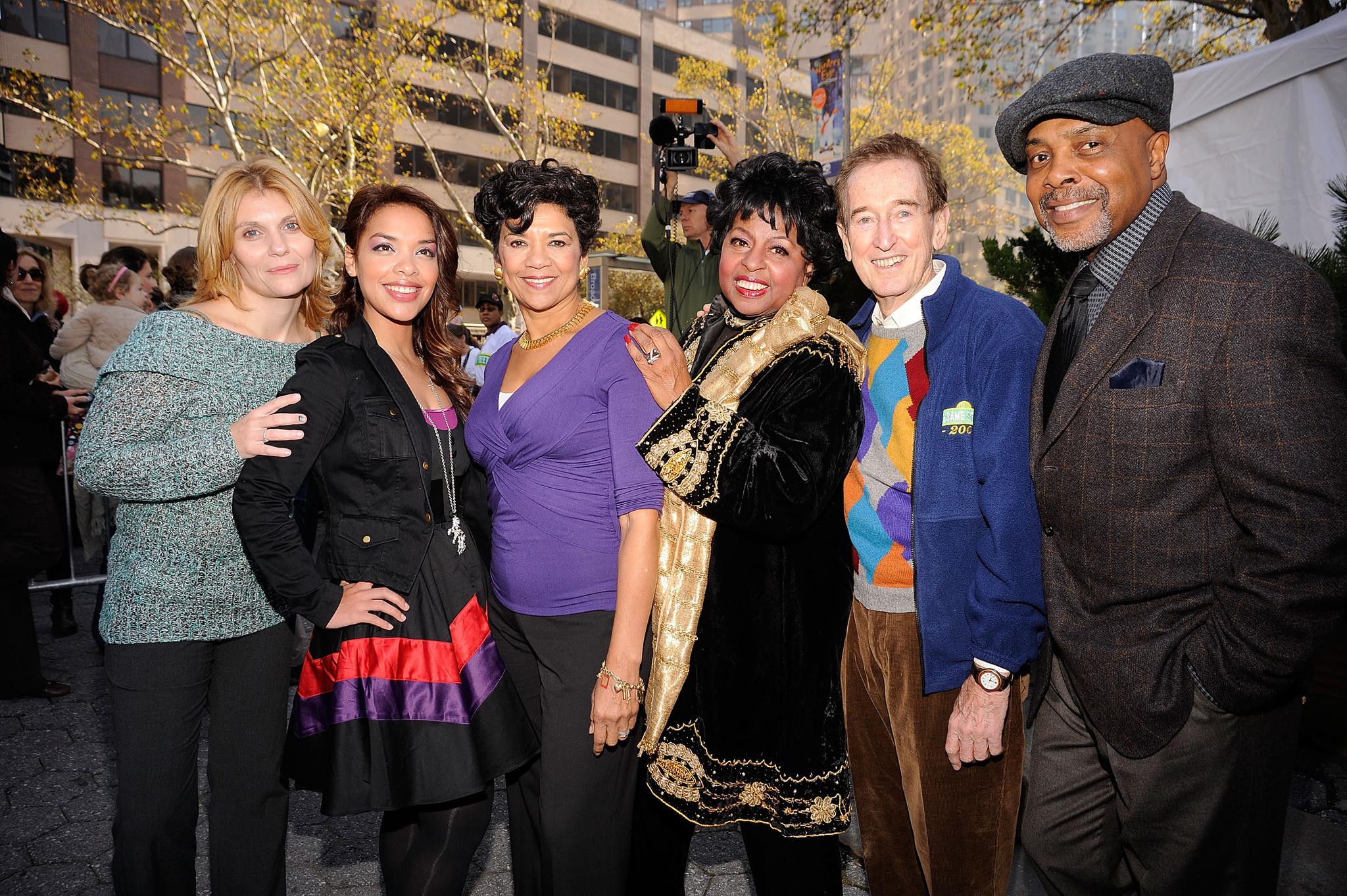Alison Bartlett, Desiree Casado, Loretta Long, Sonia Manzano, Bob McGrath, and Roscoe Orman at an event for Sesame Street (1969)