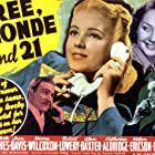 Lynn Bari, Mary Beth Hughes, Robert Lowery, and Henry Wilcoxon in Free, Blonde and 21 (1940)