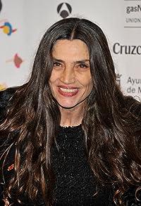 Primary photo for Ángela Molina