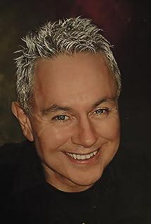 Gordon Lewis Picture