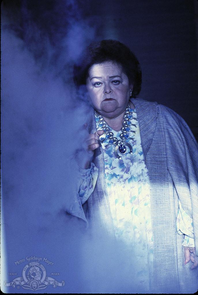Zelda Rubinstein in Poltergeist III (1988)