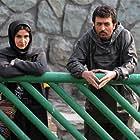 Mostafa Zamani and Noora Hashemi in JIb bor khiyaban jonobi (2013)