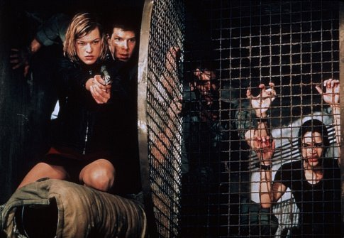 Milla Jovovich, Martin Crewes, Eric Mabius, James Purefoy, and Michelle Rodriguez in Resident Evil (2002)