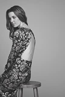 Emily Bevan Picture