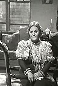 Betty Valassi in Loxandra (1980)
