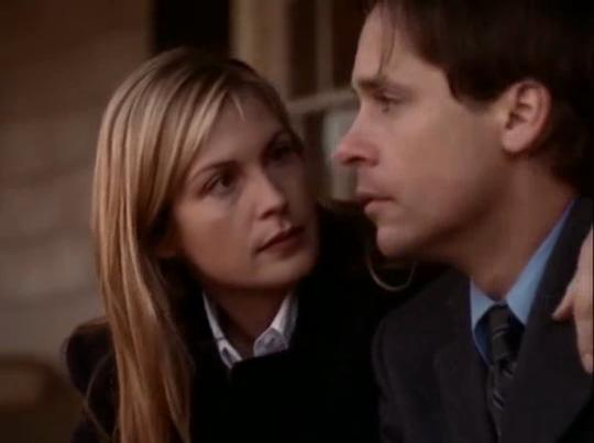Chad Lowe and Kelly Rutherford in Acceptable Risk (2001)