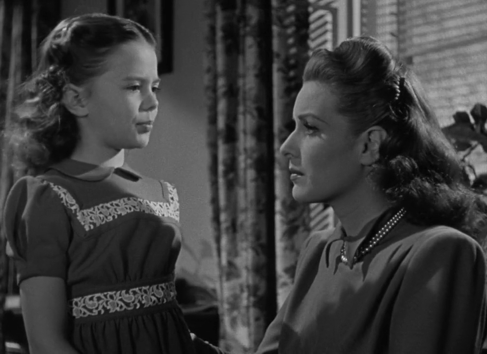 Maureen O'Hara and Natalie Wood in Miracle on 34th Street (1947)