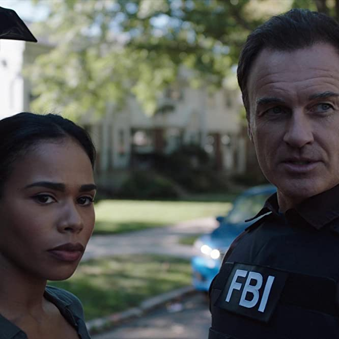 Julian McMahon and Roxy Sternberg in FBI: Most Wanted (2020)
