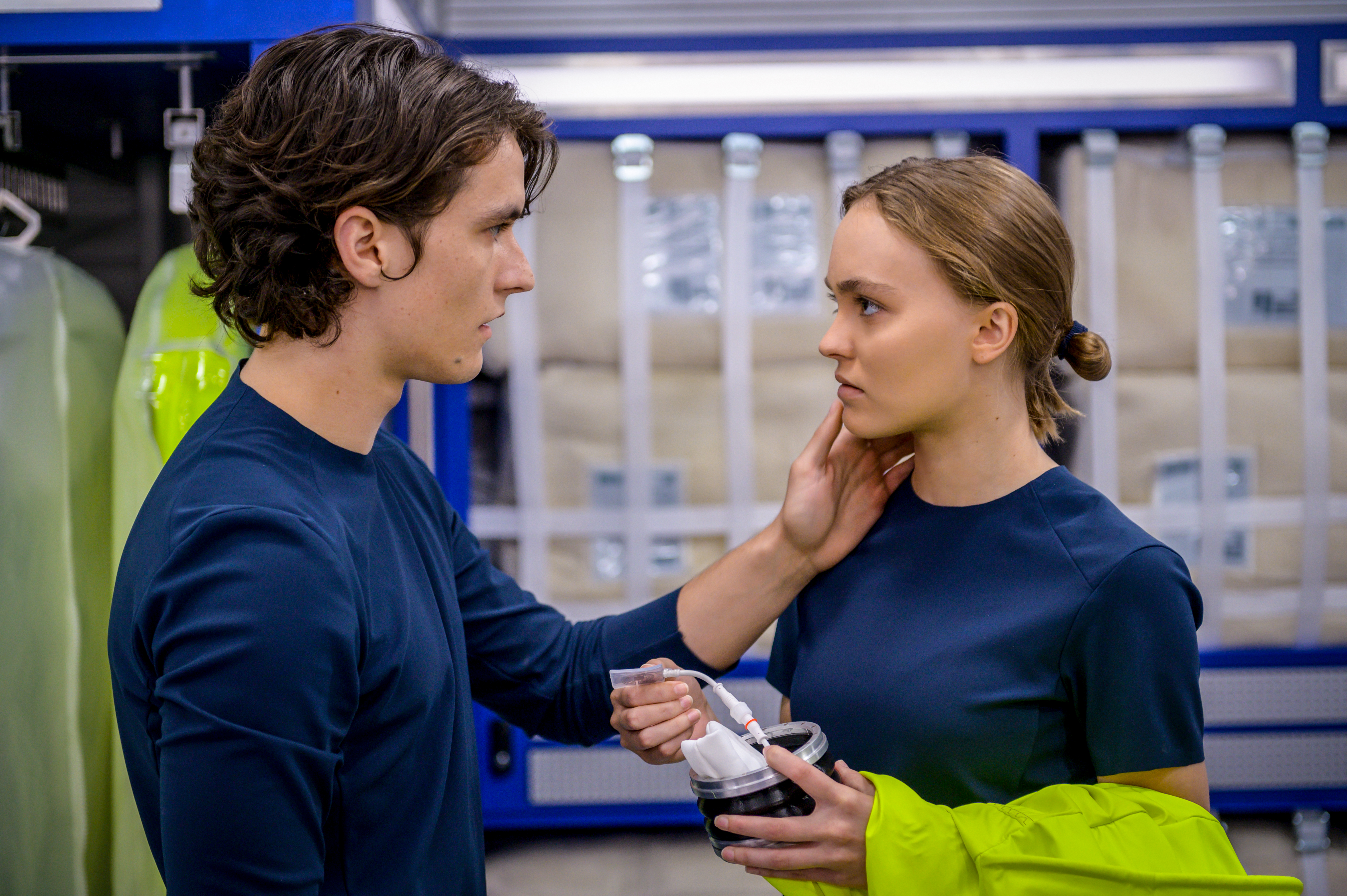 Lily-Rose Depp and Fionn Whitehead in Voyagers (2021)