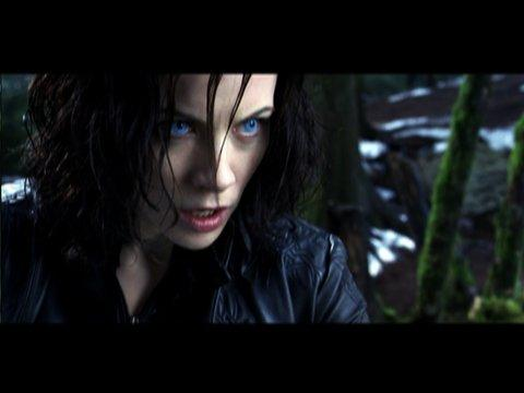 Download italian movie Underworld: Evolution