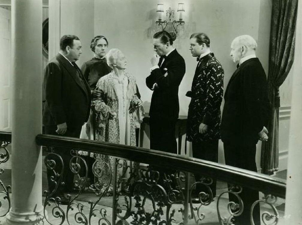 Margaret Lindsay, Helen Lowell, Robert McWade, Eugene Pallette, Lyle Talbot, and Warren William in The Dragon Murder Case (1934)