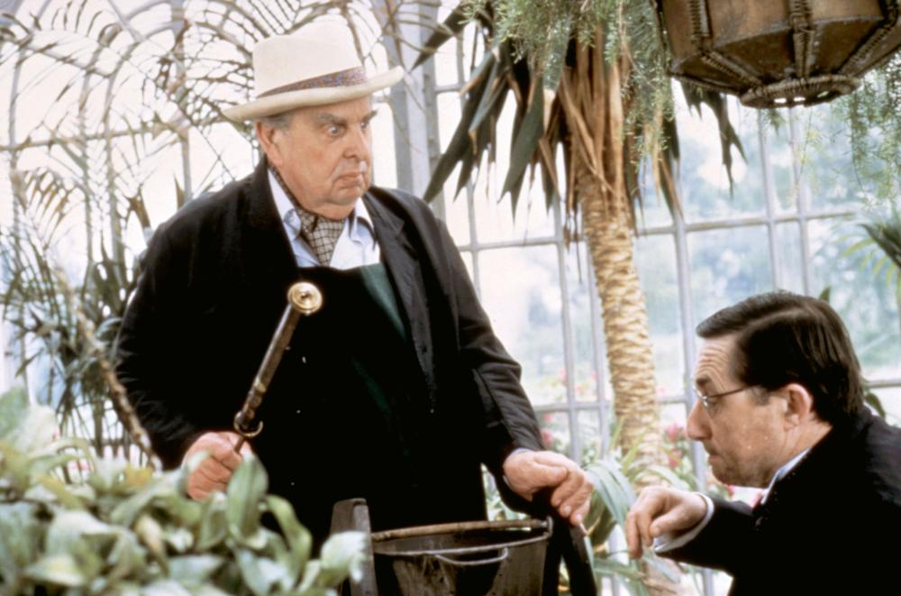 Timothy Bateson and Robert Morley in High Road to China (1983)