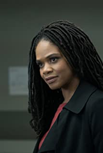 Kimberly Elise Picture