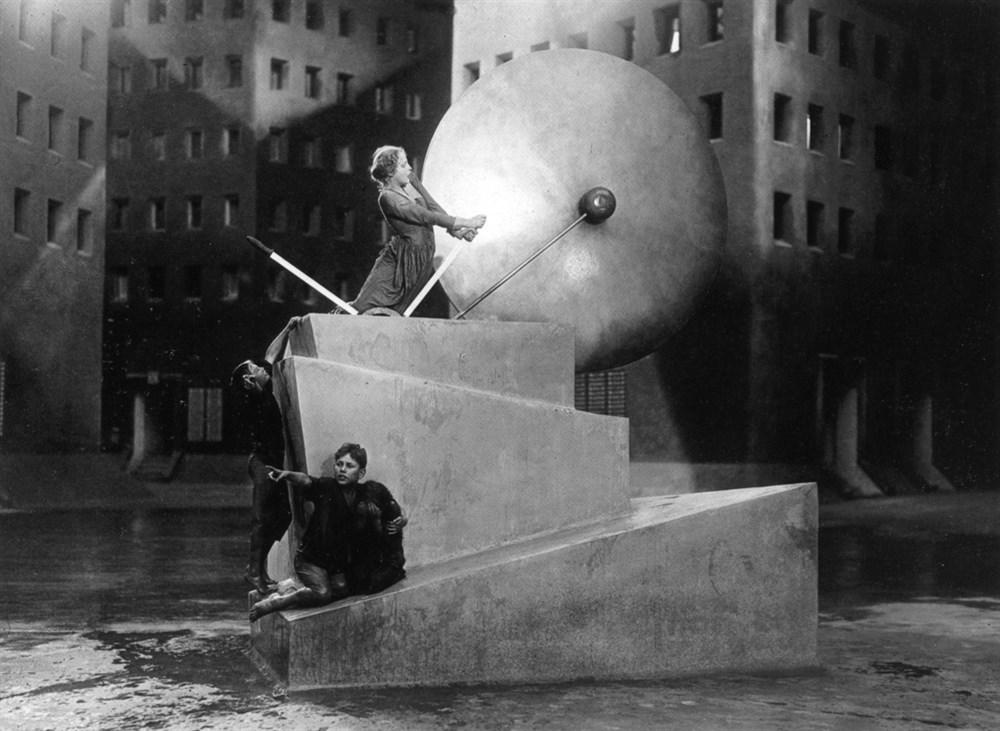 Brigitte Helm and Horst von Harbou in Metropolis (1927)