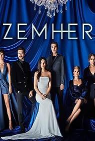 Sergen Taskiran, Sebnem Dönmez, Zerrin Tekindor, Caner Cindoruk, Ayça Aysin Turan, Hazal Filiz Küçükköse, and Alperen Duymaz in Zemheri (2020)