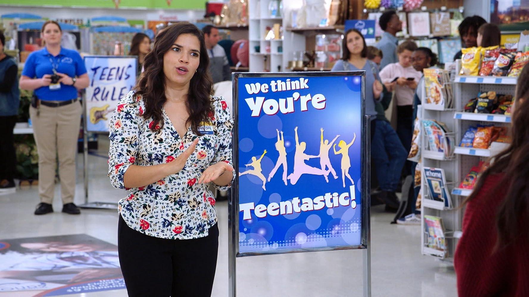 America Ferrera in Mall Closing (2019)