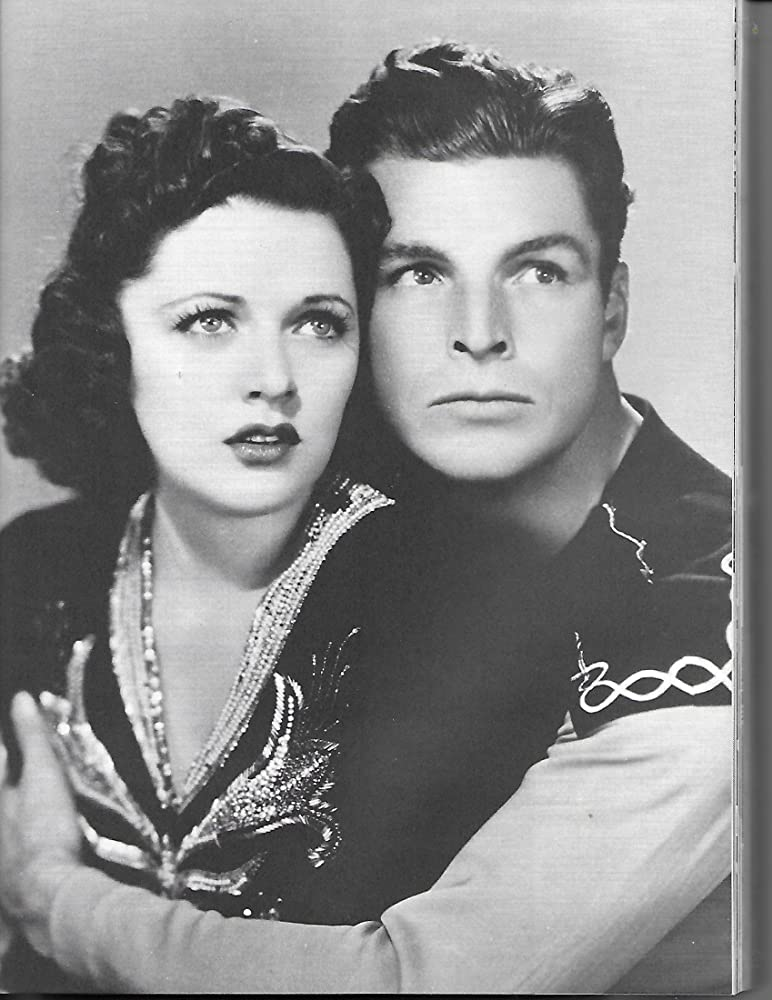 Buster Crabbe and Carol Hughes in Flash Gordon Conquers the Universe (1940)