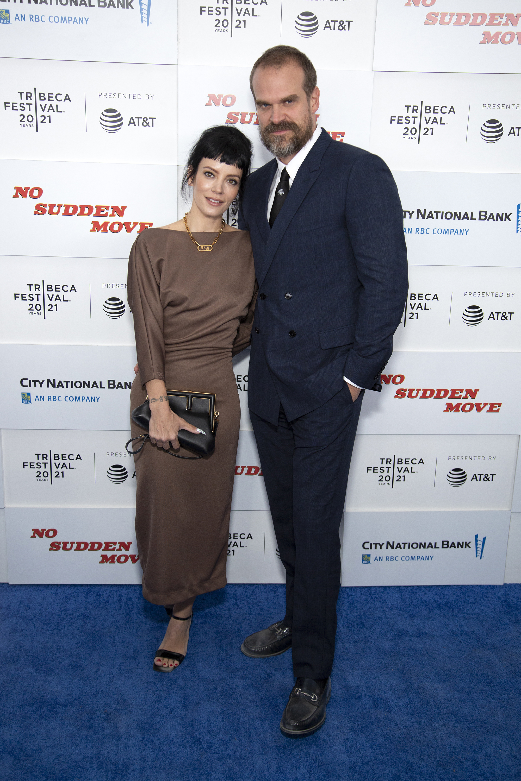 Lily Allen and David Harbour at an event for No Sudden Move (2021)