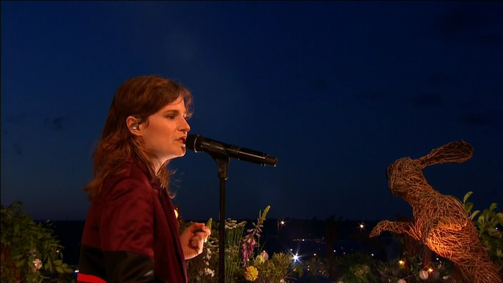 Christine and the Queens in Glastonbury 2016 (2016)