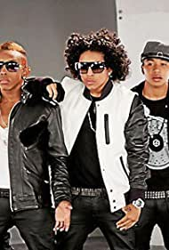To what mindless behavior happened Mindfulness and