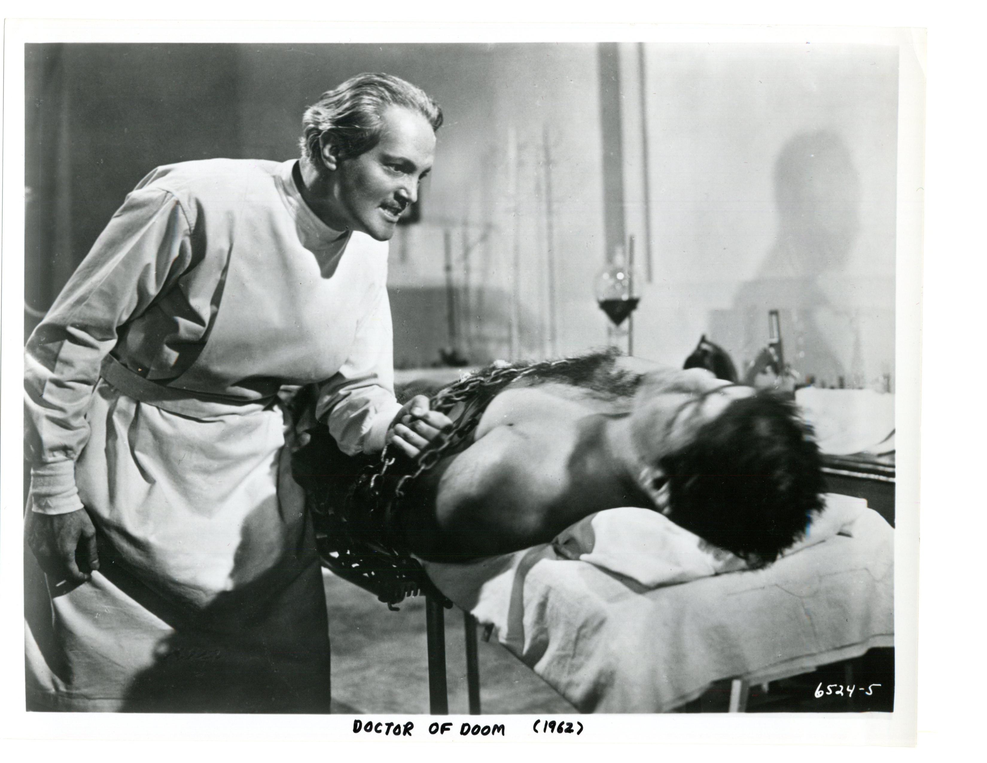 Roberto Cañedo in Las luchadoras contra el médico asesino (1963)