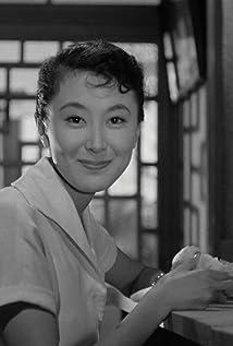 Keiko Kishi Picture