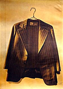 A Suit for Wedding (1976)
