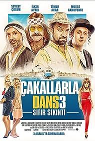 Sevket Çoruh, Murat Akkoyunlu, Ilker Ayrik, Gürkan Uygun, Didem Balçin, Murat Seker, and Timur Acar in Çakallarla Dans 3: Sifir Sikinti (2014)