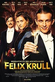 David Kross, Jannis Niewöhner, and Liv Lisa Fries in Bekenntnisse des Hochstaplers Felix Krull (2021)