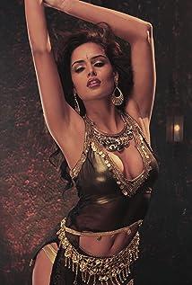 Nathalia Kaur Picture
