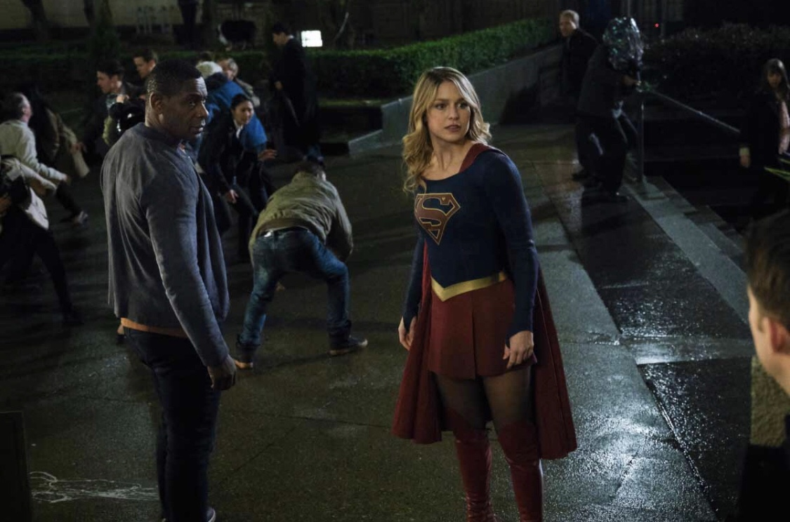 David Harewood and Melissa Benoist in Supergirl (2015)