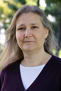 Amy Hennig Picture