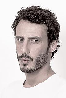 Sebastien Soudais Picture