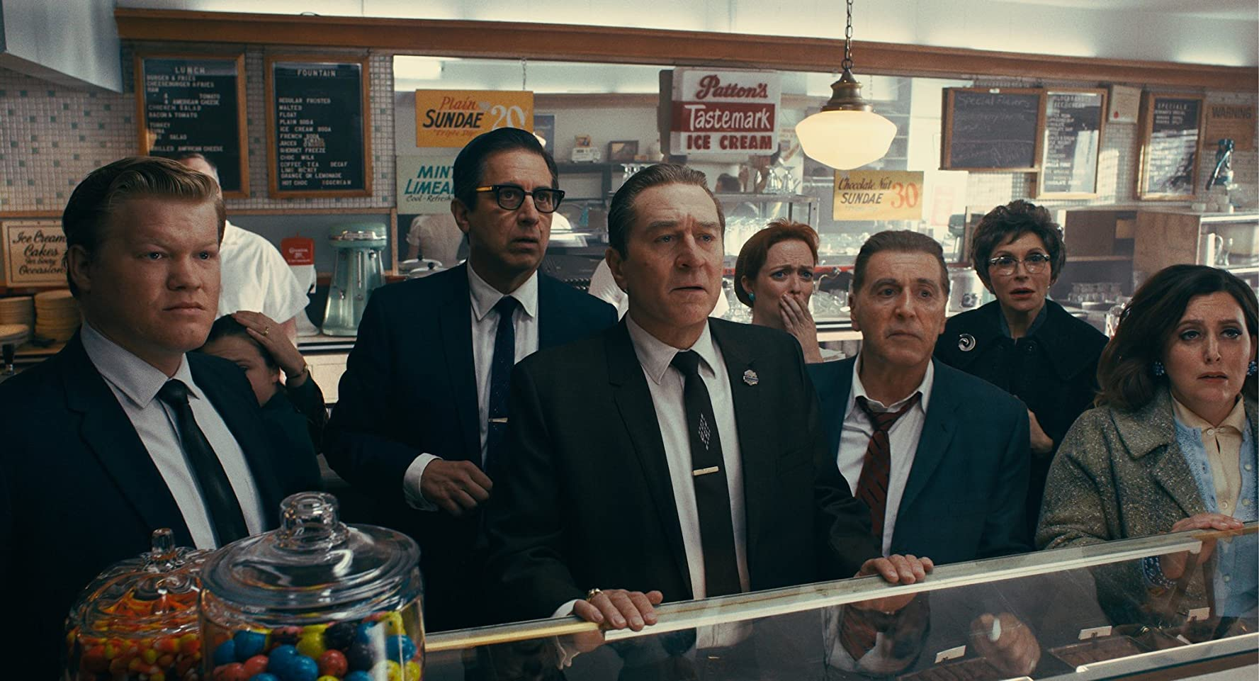 Robert De Niro, Al Pacino, Ray Romano, Jesse Plemons, and Kelley Rae O'Donnell in The Irishman (2019)