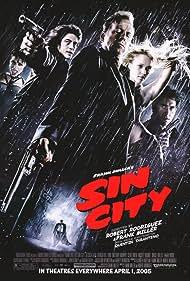 Bruce Willis, Mickey Rourke, Benicio Del Toro, Jessica Alba, Rosario Dawson, and Clive Owen in Sin City (2005)