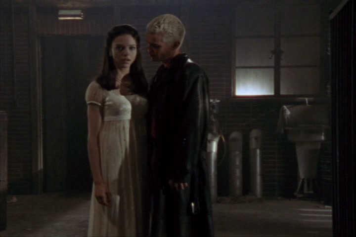 Juliet Landau and James Marsters in Buffy the Vampire Slayer (1996)