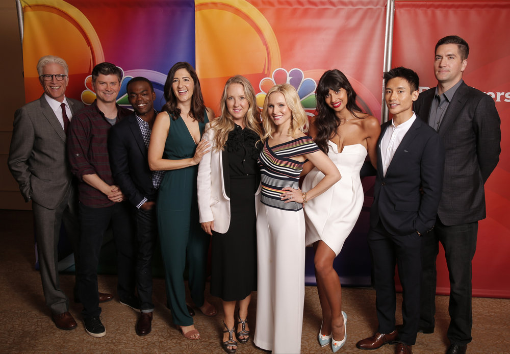 Ted Danson, Kristen Bell, Drew Goddard, Michael Schur, William Jackson Harper, Manny Jacinto, Jameela Jamil, and D'Arcy Carden at an event for The Good Place (2016)