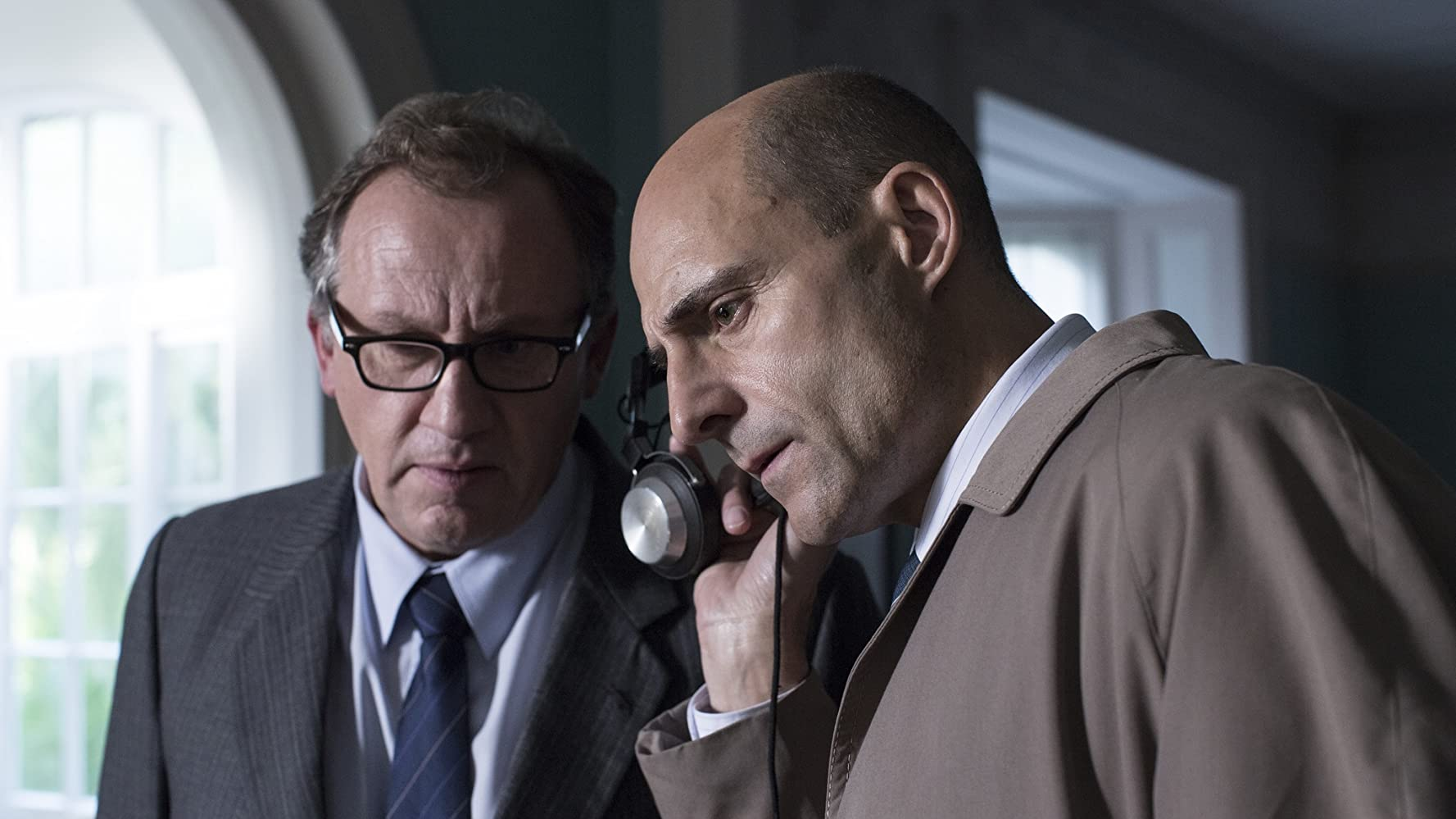 Andrew Grainger and Mark Strong in 6 Days (2017)