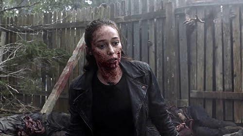 Fear The Walking Dead: Alicia Vs. Walker Herd