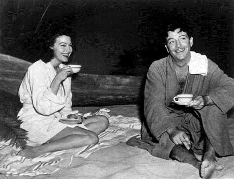 Ava Gardner and Robert Taylor in The Bribe (1949)