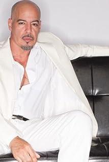 Roberto 'Sanz' Sanchez Picture