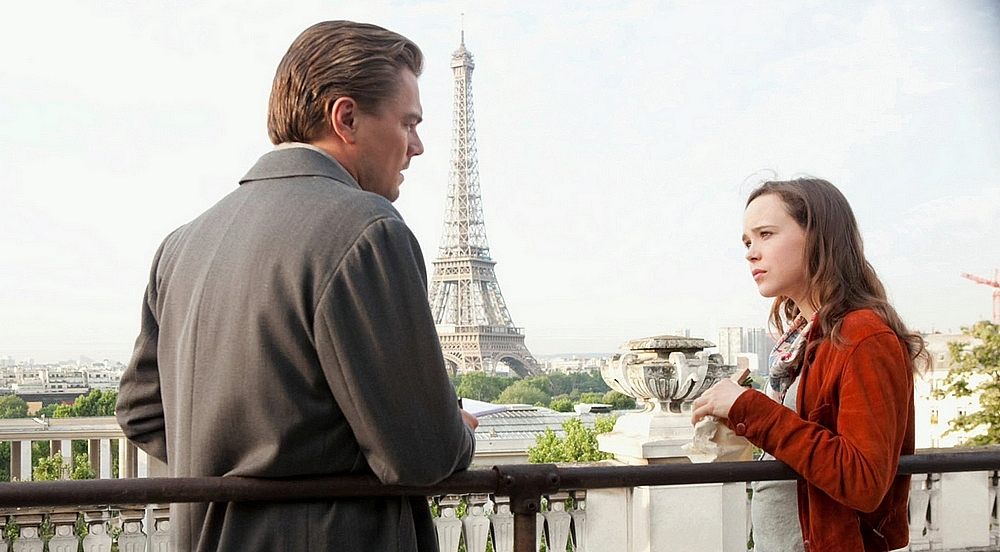 Leonardo DiCaprio dan Ellen Page dalam Inception (2010)